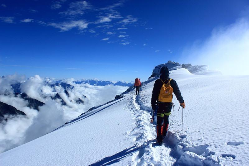 半脊峰5430m初级技术攀登