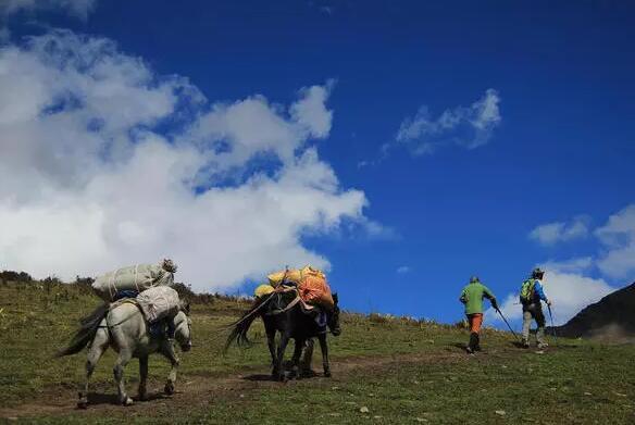 四姑娘山云巅高山大峰开启人生第一座雪山