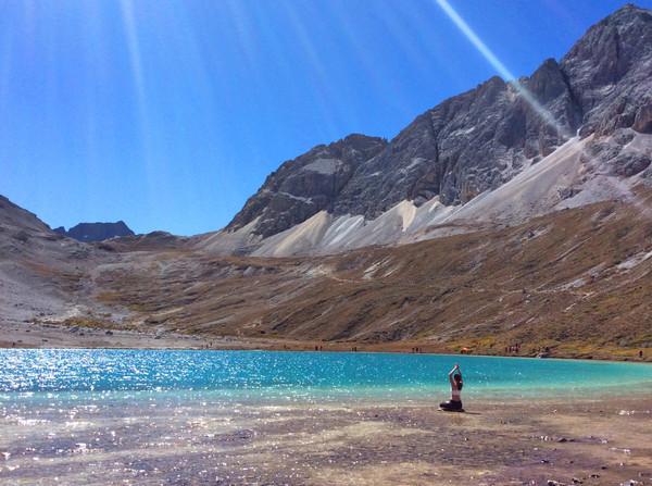 行摄稻城亚丁梅里雪山然乌湖,追寻川藏线上最美的景观大道