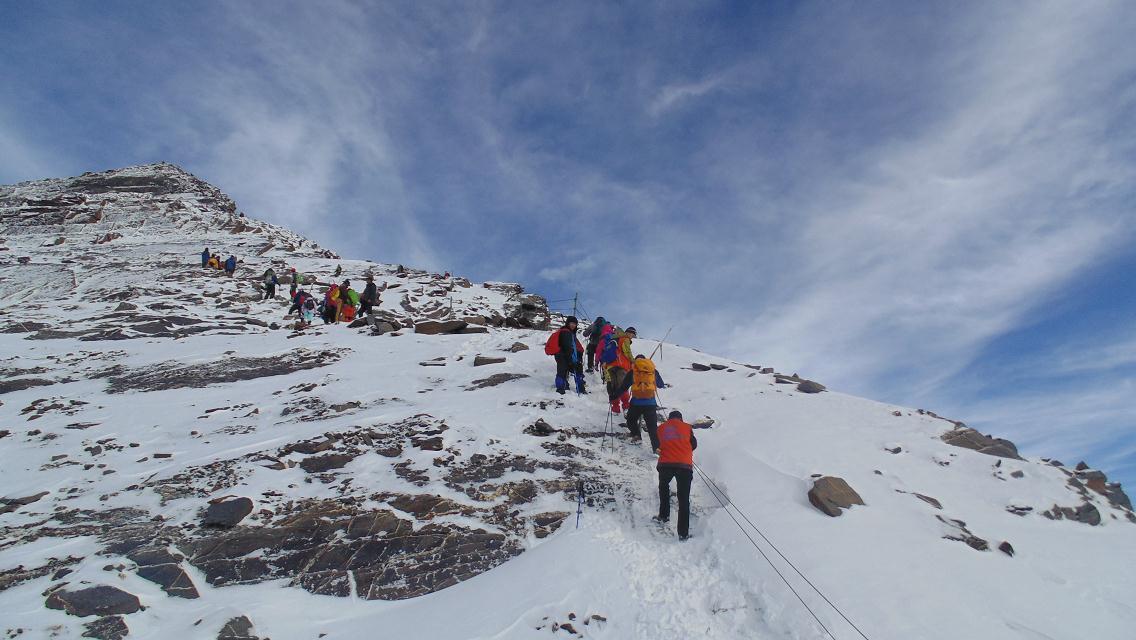 四姑娘二峰雪山初登,挑战不可能