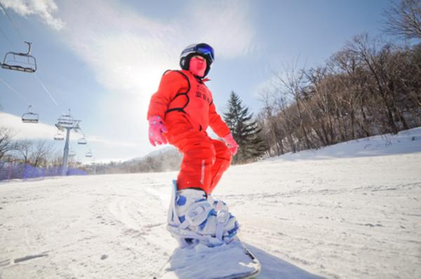 亚布力滑雪冬令营,童话雪乡世界等你来