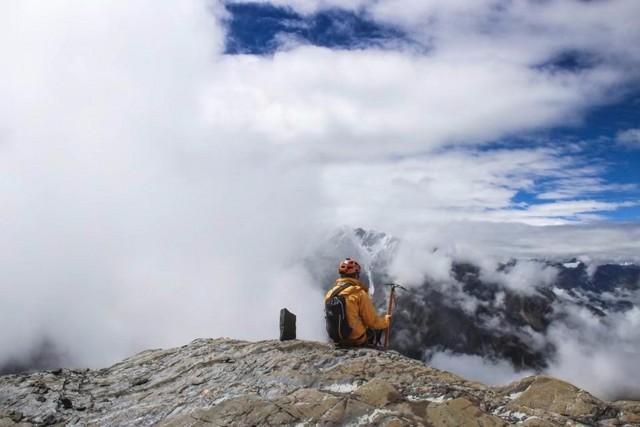 贡嘎那玛峰技术攀登,海拔5588米的勇者挑战