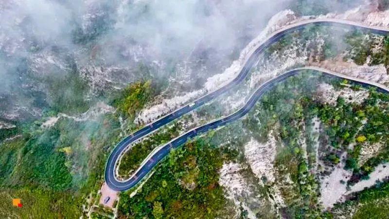 北京延庆,玉渡山自然风景区 青山绿水,忘忧湖,高山大草坪 每一处都能