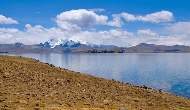 """""""西藏边境线""""四国交界亚东,珠峰大本营,爱情湖多情措湖之旅"""