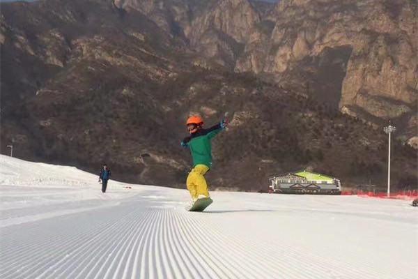 石京龙滑雪冬令营,过个不一样的寒假