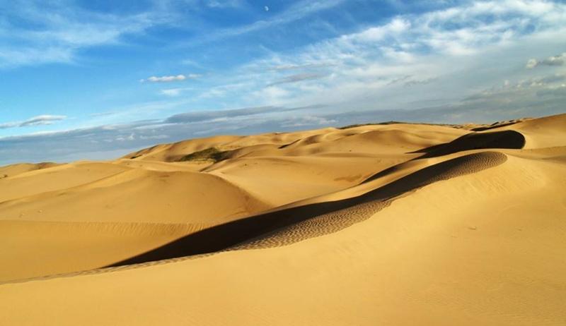 行摄辉腾锡勒草原黄花沟乌兰哈达火山草原,云冈石窟悬空寺恒山库布齐沙漠,畅享沙漠与草原的约会