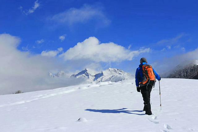 四姑娘山大峰攀登,近距离接触5000海拔最近的雪山