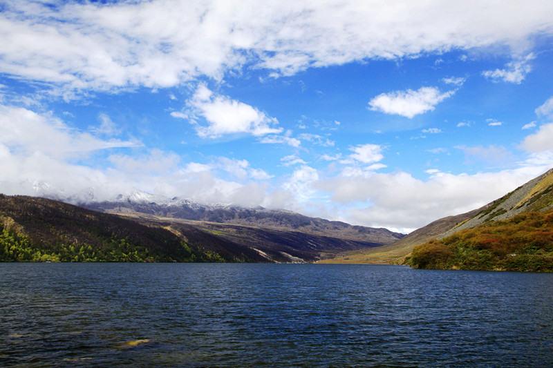 冬日川西环线行摄创作,色达丹巴海螺沟木格措雪山温泉之旅