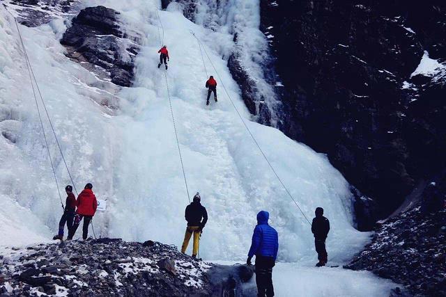 国内攀登者启蒙地,冬季长坪沟、双桥沟攀冰基础培训班