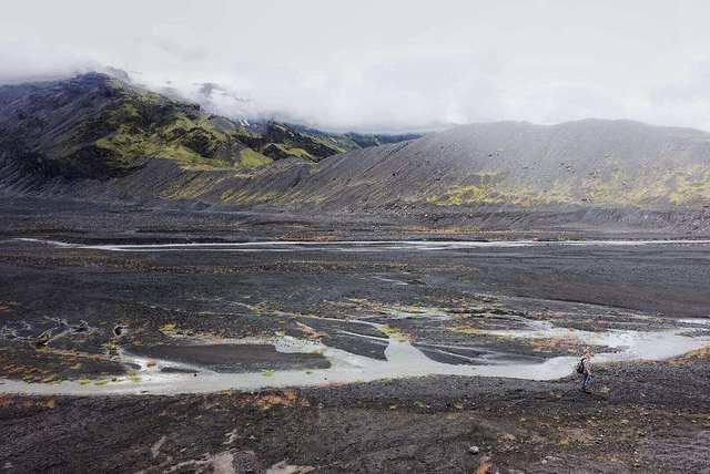 冰岛蓝漫纳劳卡轻装徒步,一次性经历世界性的沙漠峡谷湖泊