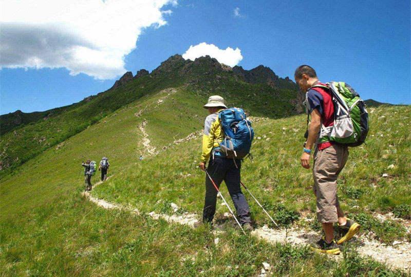 征服北京第一高峰,相聚2303米东灵山顶峰