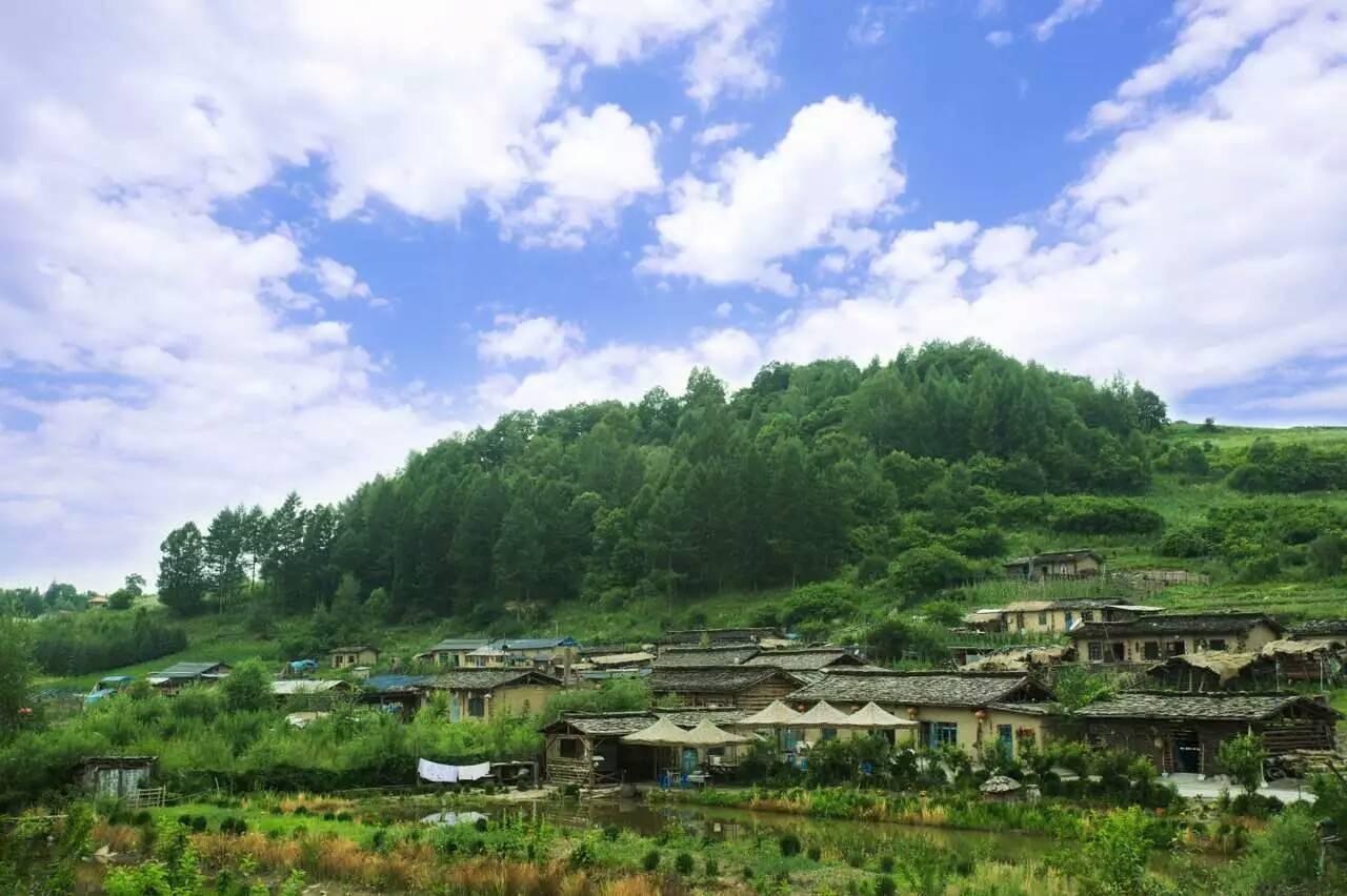 行摄镜泊湖吊水楼瀑布,登长白山观天池,探访朝鲜民俗村