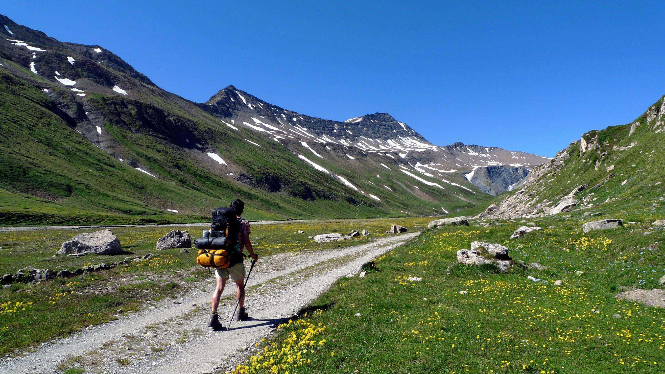 环勃朗峰徒步,全程欧洲精品酒店,尽享法瑞意三国美食,轻奢探险品质游