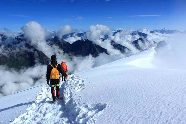 海拔5396米的勇者挑战,哈巴雪山攀登初级体验