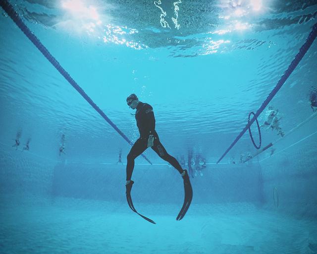 澳瑞拉名仕潜水俱乐部室内潜水体验课,迈出潜水第一步