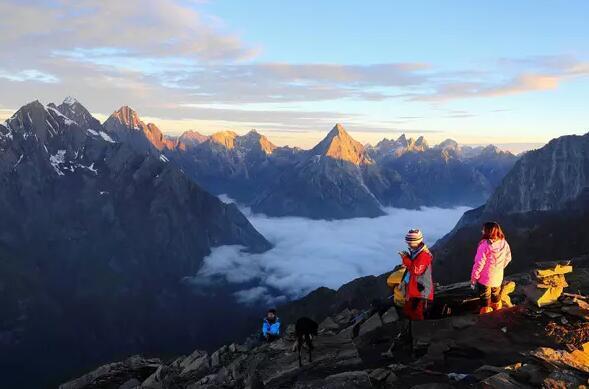 四姑娘山大峰 初级雪山攀登 用脚步丈量世界