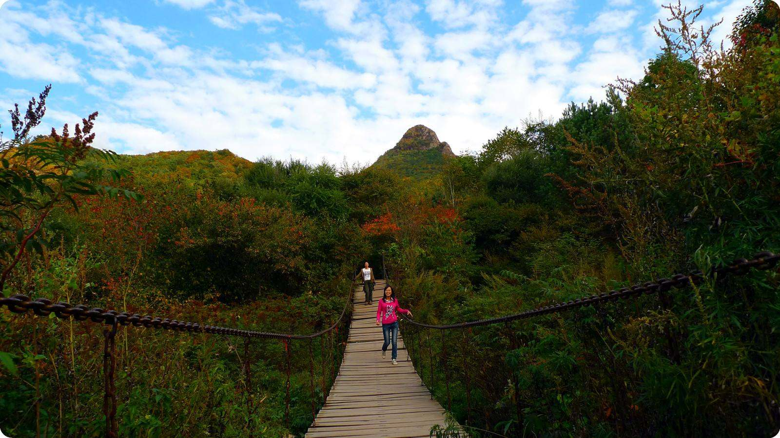 登顶壮丽帽儿山,感受漫山遍野的天然美景