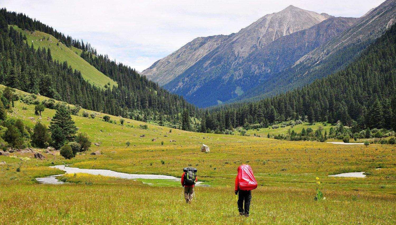 格聂大环线经典徒步穿越,十二天的坚持是对神山的敬仰
