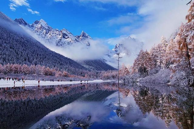 冰雪川西, 追寻佛国色达冬日阳光,邂逅毕棚沟冰雪童话,赠送五星网红温泉