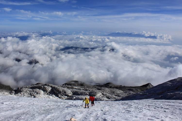 触摸天空的旅程,攀登人生的5396米哈巴雪山