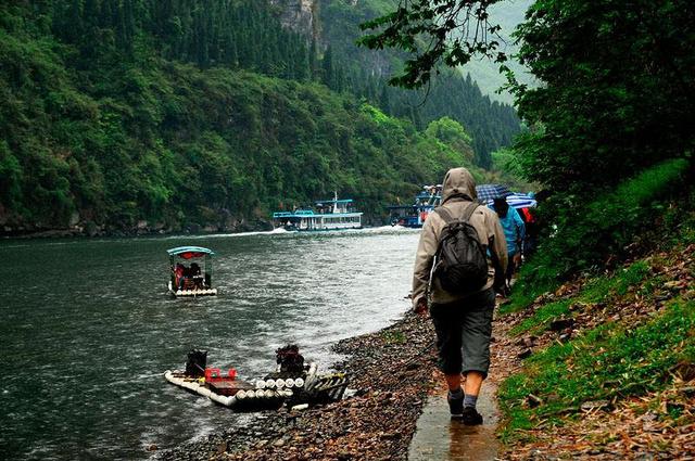 竹筏、徒步游漓江,零距离接触它的温柔秀美