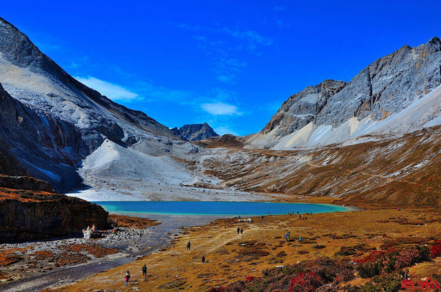 川藏南线,赏千里川藏人文景观大道,遇梅里稻亚然乌湖