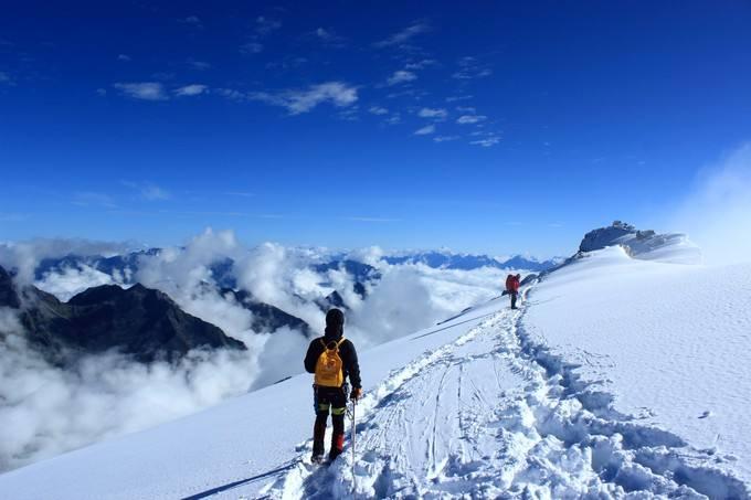 触摸天空之旅,与5396米哈巴雪山的邂逅