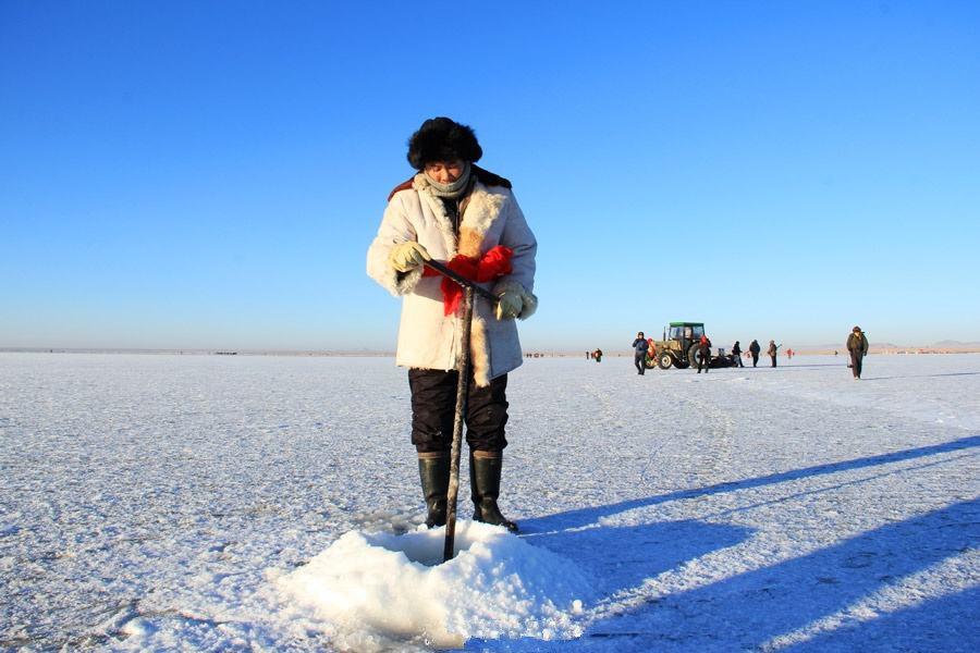 行摄达里诺尔湖,与温泉冰火两重体验