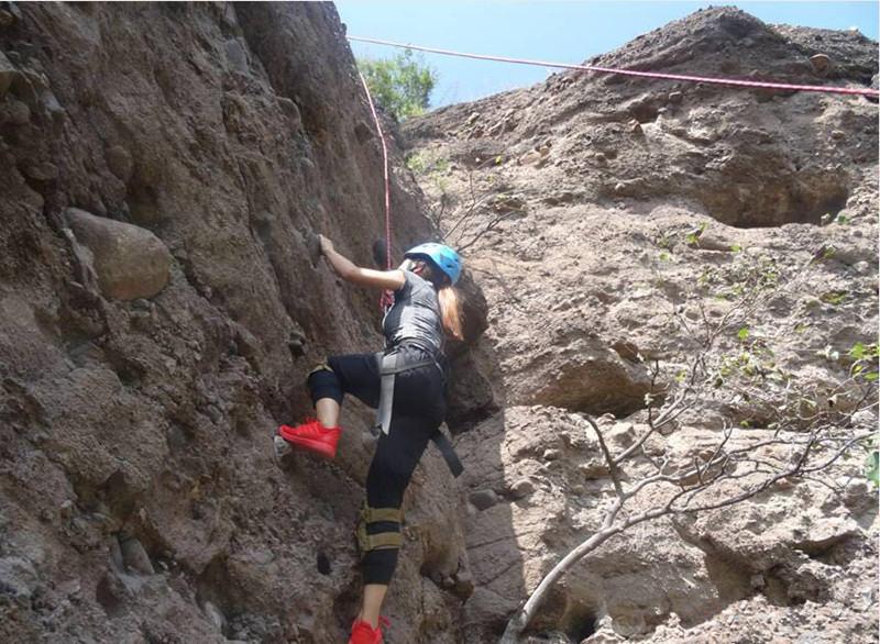 野攀初级体验,挑战自我的勇气