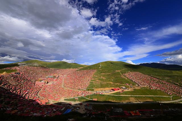 走进康巴文化孤岛色达亚青寺,行摄新路海措卡湖,探索藏北秘宗