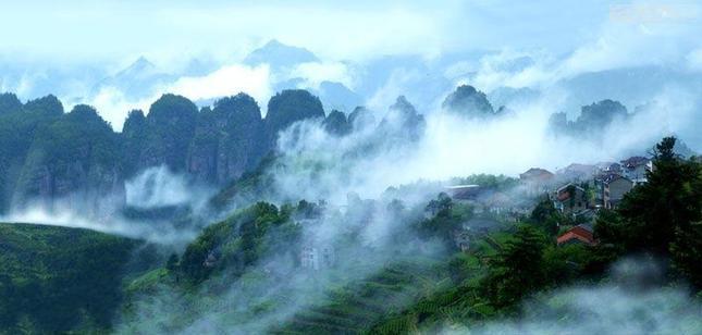 穿岩十九峰风景名胜区,位于县城西南22公里,总面积30.65平方公里.