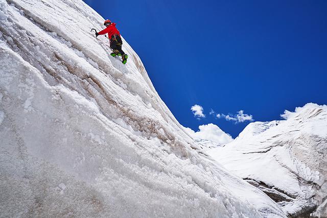 阿尼玛攀冰.jpg