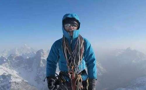 从职业摔跤运动员到中国近二十年最著名的自由攀登者!李宗利究竟经历了什么?
