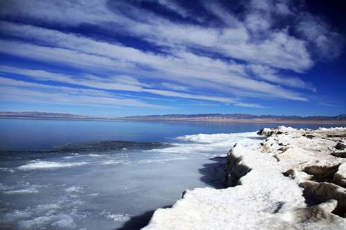 青海湖冬季徒步需审核 机动车禁止上冰面