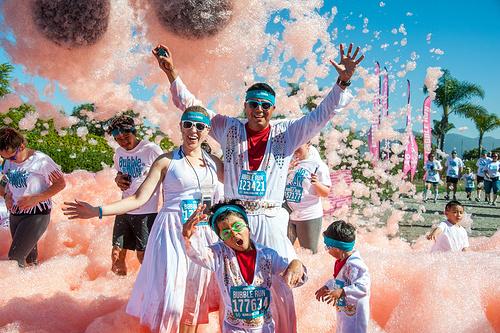 风靡全球的Bubble Run,分分钟碾压彩虹跑!