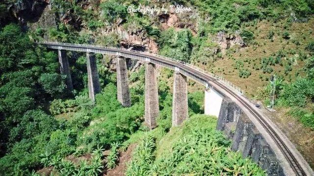 [动车首发]云南十大极美线路.行走百年滇越铁路精华段|芳华之旅