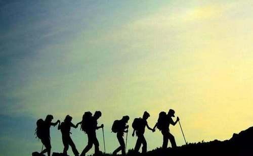 登山杖的实用法则,最适合出行的季节不能少了TA!